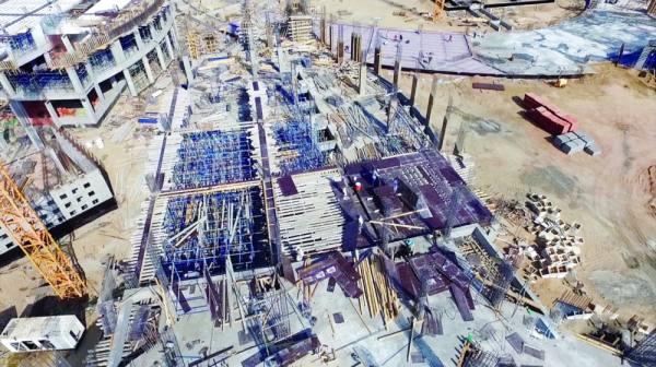 أعمال البناء في المشروع