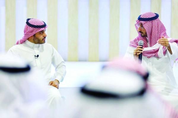 نائب أمير مكة: خادم الحرمين علمنا المثابرة والحرص على الوقت