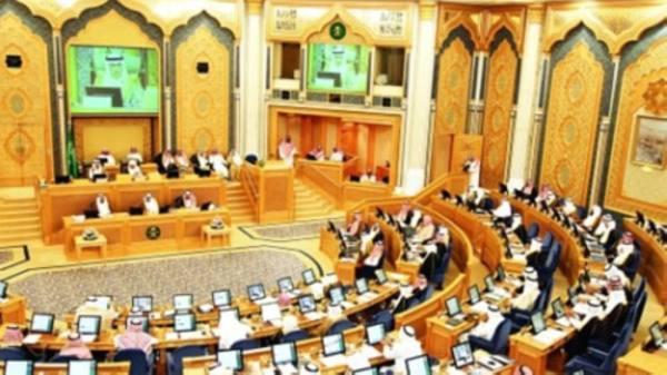 «الشورى» يرفض السماح لموظفي الحكومة بالعمل في التجارة