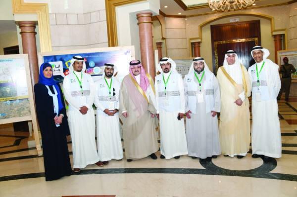 الأمير مشعل بن ماجد خلال حفل التدشين