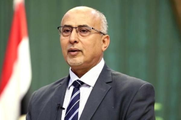 وزير الإدارة المحلية بالحكومة اليمنية عبد الرقيب فتح