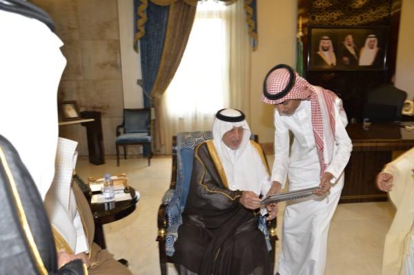 الفيصل يدشن موقع جمعية رعاية الأيتام بجدة