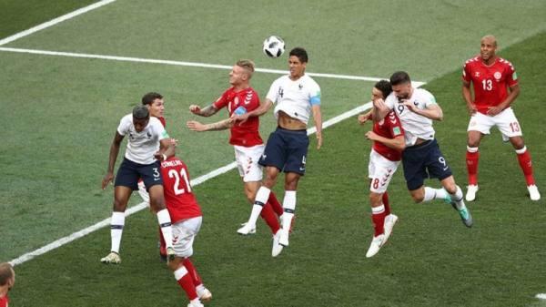 فرنسا تتصدر مجموعتها والدنمارك تتأهل معها لدور 16 بعد تعادل سلبي