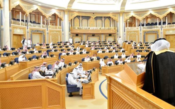 مجلس الشورى يسقط التوصية المطالبة برفع الحد الأدنى لأجور السعودين بالقطاع الخاص إلى 6 الاف ريال