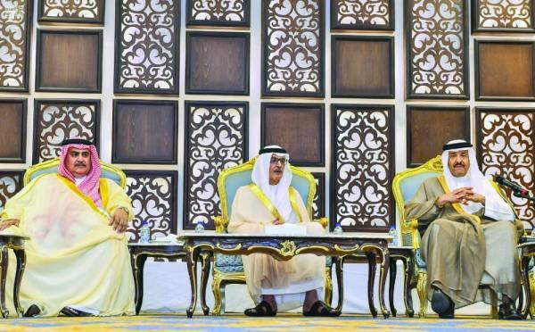الأميران سلطان بن سلمان وبدر بن عبدالمحسن والشيخ خالد آل خليفة