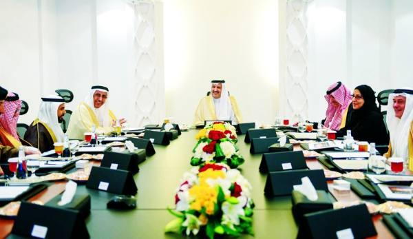 أمير المدينة مترئسًا الاجتماع الأول لمجلس هيئة التطوير