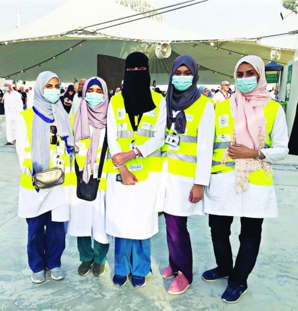 المتطوعات في الميدان