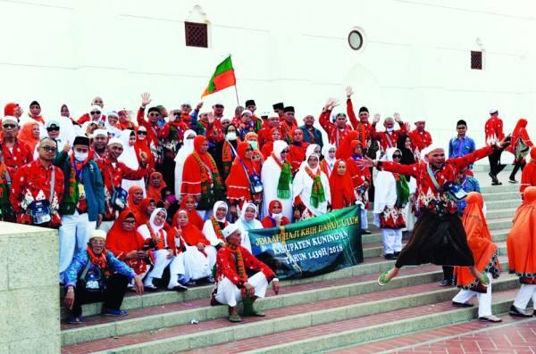 أجواء من البهجة عاشها الحجاج في كورنيش جدة