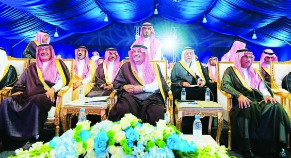 الأمير فيصل بن بندر أثناء الحفل