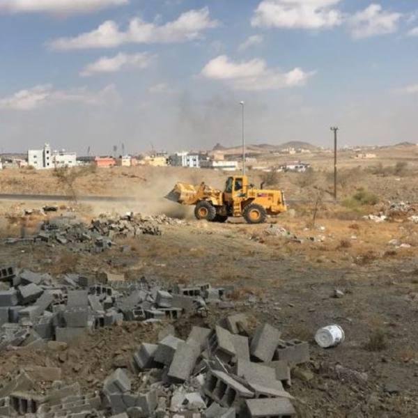 أمانة عسير تستعيد 57 ألف متر مربع أراضي حكومية