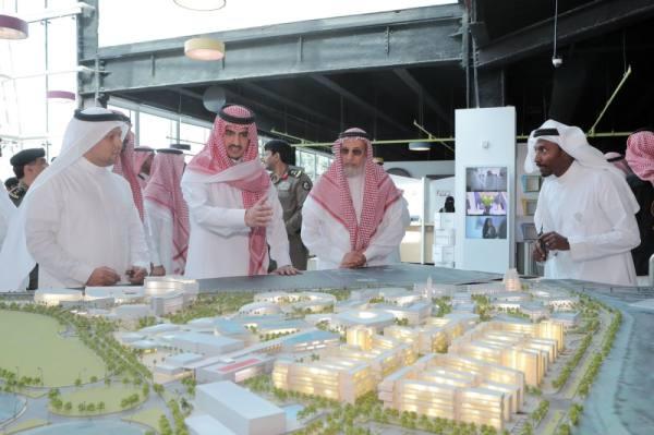 نائب أمير مكة يطالب بالتركيز على أبحاث خدمة ضيوف الرحمن