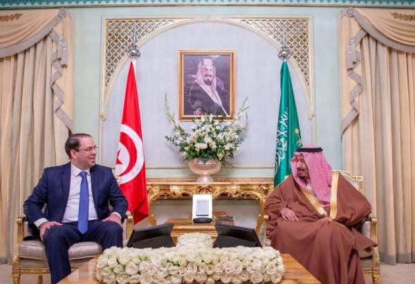 خادم الحرمين يستقبل رئيس وزراء تونس