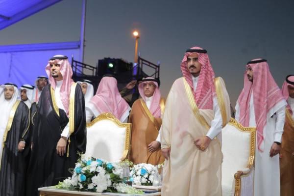 أمير مكة بالنيابة يشهد حفل الخريجين بجامعة جدة