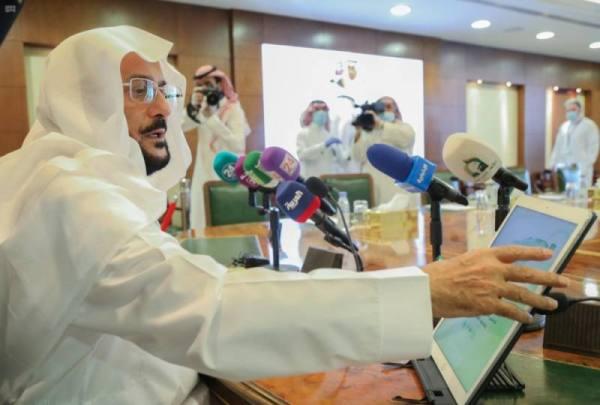 وزير الشؤون الإسلامية يدشن النسخة الثانية من تطبيق مصحف المدينة