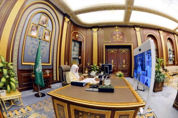 الشورى يطالب مكافحة الفساد بالتفاعل مع ما يثار على مواقع التواصل