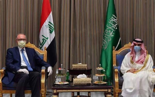 نائب رئيس مجلس الوزراء العراقي وزير المالية ووزير النفط بالوكالة يزور المملكة