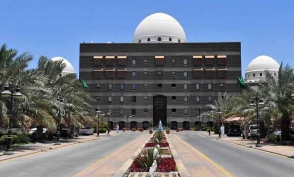 إزالة تعديات على أراضٍ حكومية مساحاتها 433 ألف م2 بالمدينة