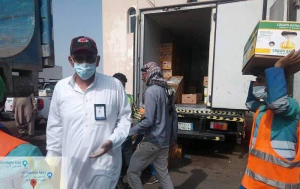 بلدية جدة التاريخية تغلق سوق باب مكة إحترازياً وترصد عدد من المخالفات