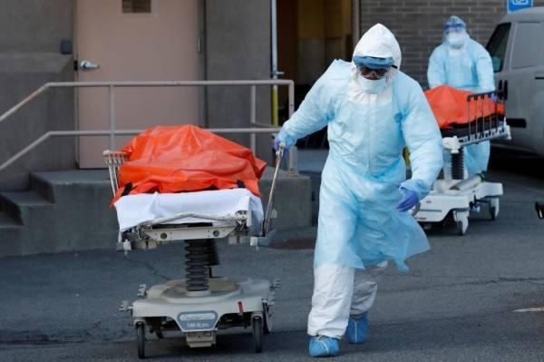 الولايات المتحدة تتخطى عتبة 130 ألف وفاة بكوفيد-19