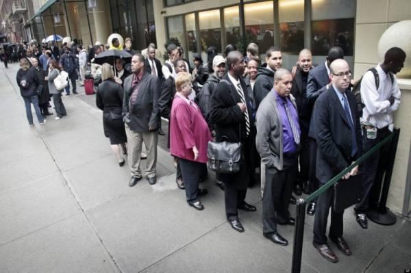 1,42 مليون طلب جديد لإعانات البطالة في الولايات المتحدة وسط زيادة الاصابات بكورونا