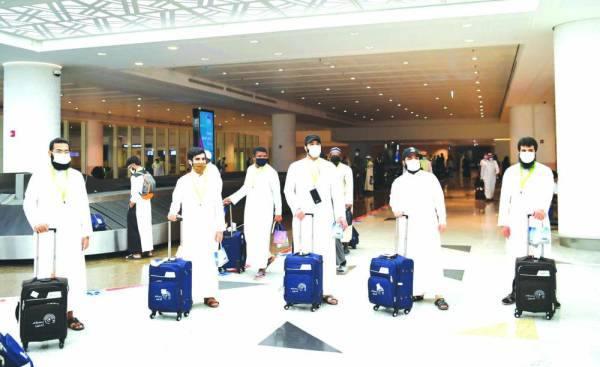 وصول حجاج من 5 مدن إلى مطار جدة
