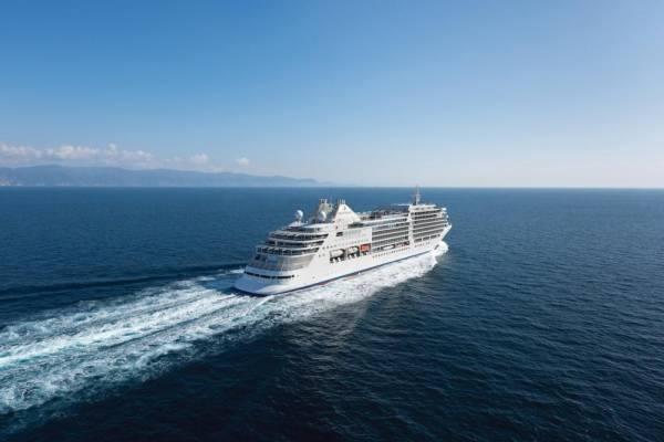 لأول مرة في المملكة.. رحلات سفن سياحية على سواحل البحر الأحمر