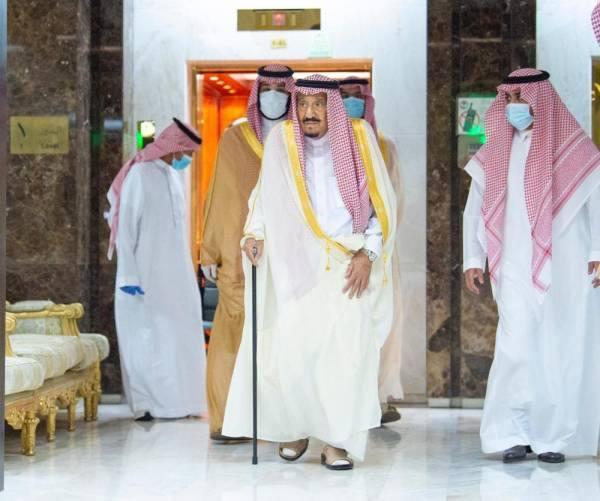 القيادة الكويتية تهنئ خادم الحرمين بمناسبة مغادرته المستشفى
