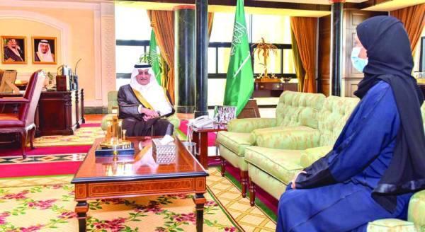 فهد بن سلطان مستقبلا الدكتورة خلود