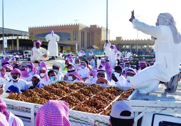 مهرجان التمور في بريدة يدخل «مرحلته الذهبية»