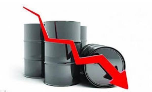 انخفاض أسعار النفط بنسبة 1%