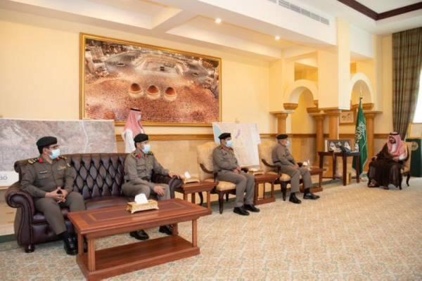 نائب أمير مكة يستقبل قيادات شرطية بالمنطقة