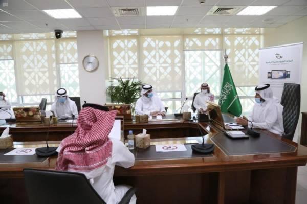 نائب وزير البيئة يدشن حزمة من الخِدْمات الإلكترونية للوزارة