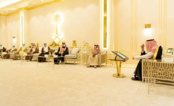 أمير الباحة يطلع على جهود جمعية أكناف لرعاية الأيتام بالمنطقة