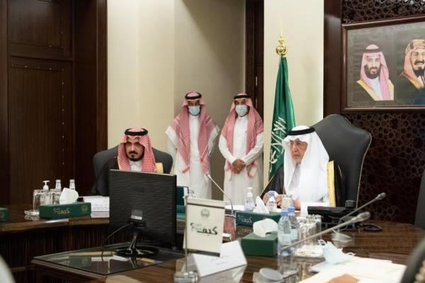 أمير مكة يوجّه بمراجعة سنوية لمنجزات الخطة التنموية العشرية بالمنطقة