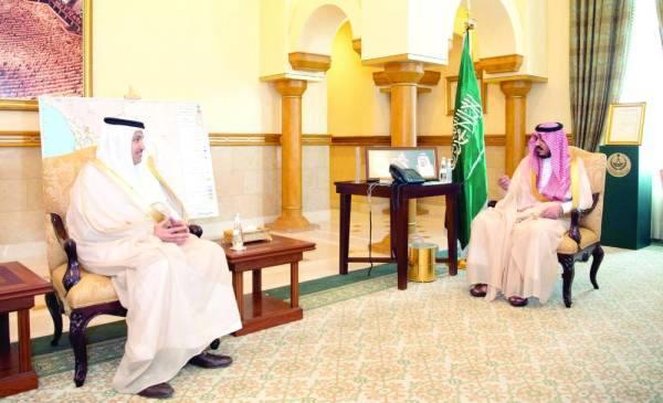 بدر بن سلطان مع وزير النقل