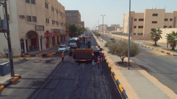 أمانة الجوف: إعادة سفلتة 133 ألف م2 بشوارع سكاكا