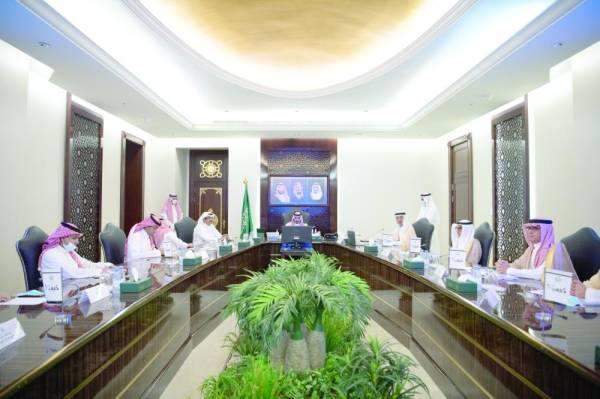 نائب أمير مكة خلال التوقيع