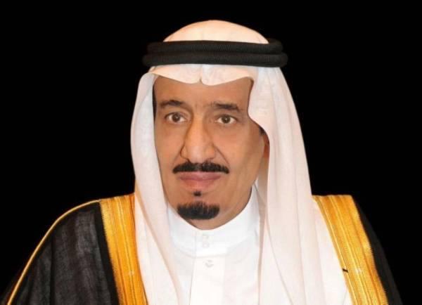 خادم الحرمين يتلقى رسالة خطية من ملك مملكة البحرين