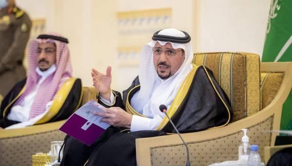أمير القصيم يكرّم الجهات المشاركة في مبادرة