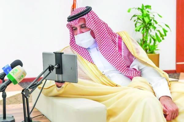 فيصل بن سلمان خلال التدشين