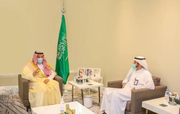 أمير الباحة ووزيرُ الصحة يبحثانِ تطور المشاريع الصحية والمتعثرة