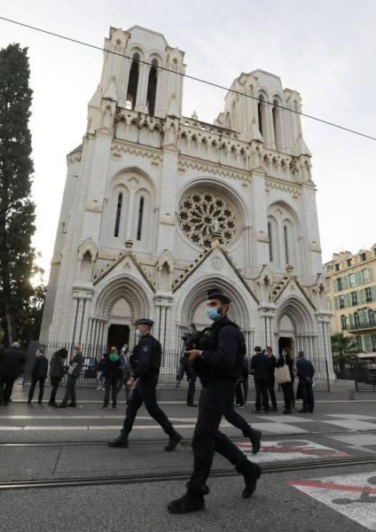 إدانة عربية للهجوم الإرهابي الذي وقع بالقرب من كنيسة في مدينة نيس الفرنسية
