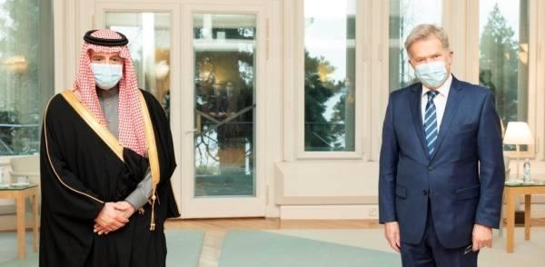 الجبير يستعرض آفاق التعاون المشترك مع رئيس جمهورية فنلندا