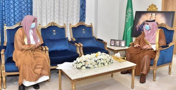 أمير نجران يستقبل رئيس محكمة التنفيذ