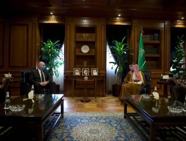 الجبير يبحث مع مساعد وزير الخارجية الأمريكي والسفير البريطاني المستجدات الإقليمية والدولية