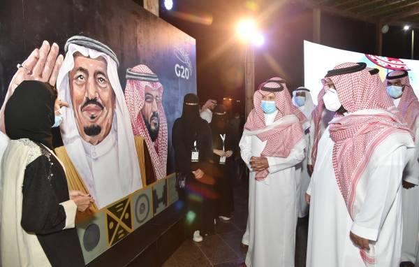 الأمير محمد بن عبدالعزيز  يرعى حفل جامعة جازان بمناسبة ذكرى البيعة