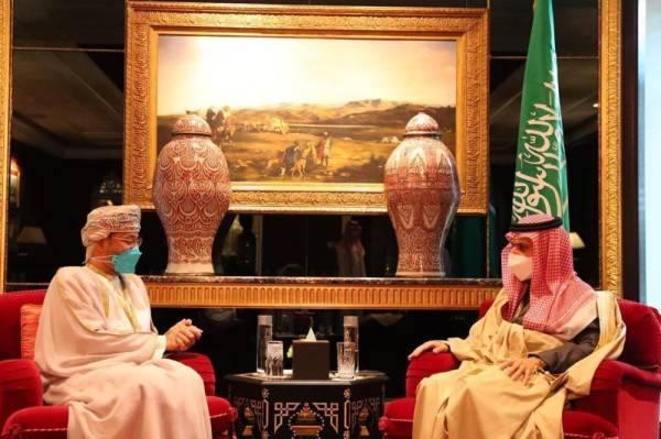 فيصل بن فرحان يعقد عدة لقاءات على هامش