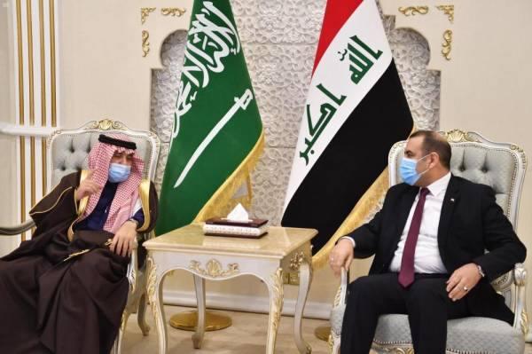 الوفد السعودي خلال زيارته بغداد