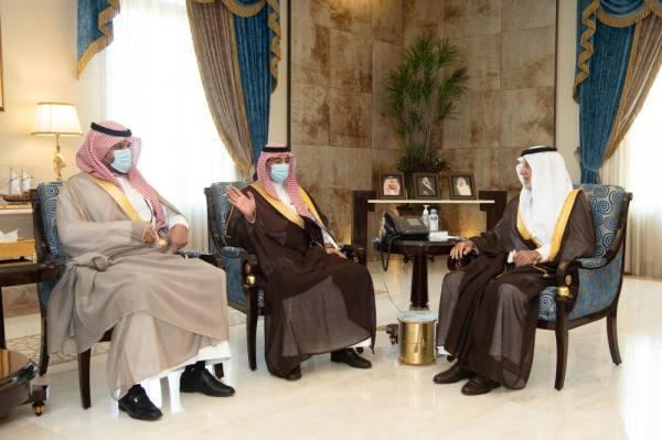 الفيصل خلال استقباله رئيس الهيئة