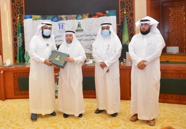 جامعة الملك عبدالعزيز تُدشن السلسة العربية للممارس الصحي